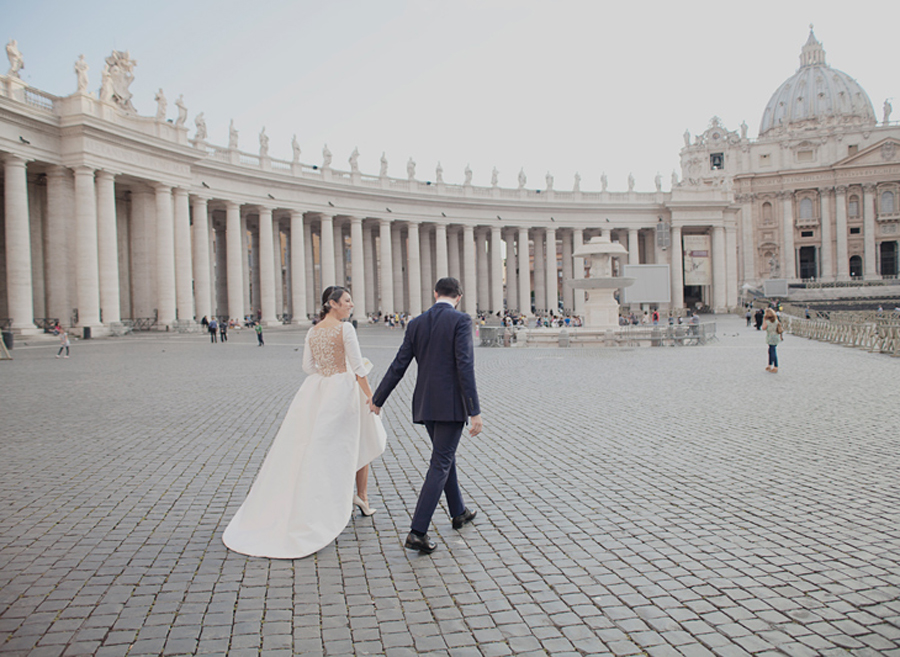 One Of The Most Elegant And Romantic Places To Say Your Vows Would Be In The Land Of Love That
